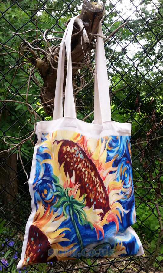 Blank sublimation shopping bags.